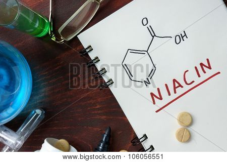 Notepad with chemical formula of  Niacin (vitamin b3)
