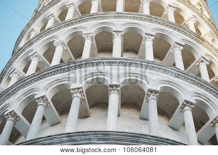 famous tower in piza Italy