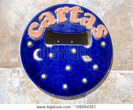 Spanish letter box