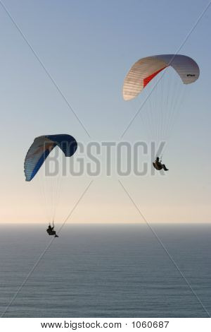 Paragliders2