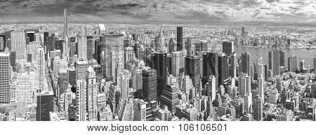 Black And White Panoramic View Of Manhattan, New York, Usa.