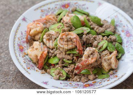 Stir-fried stink bean with shrimp