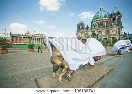 New Outdoor Exhibition Of Sculptures Under The Sheets, Near Berliner Dom