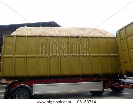 Trailer with sawdust