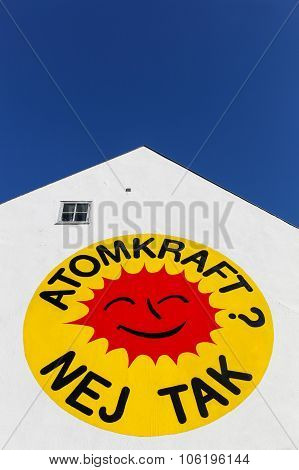 Nuclear Power, No Thanks logo on a wall in Aarhus