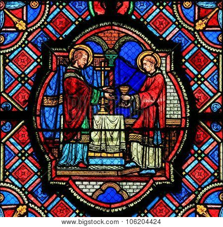 Stained Glass  In Tours Cathedral - Eucharist