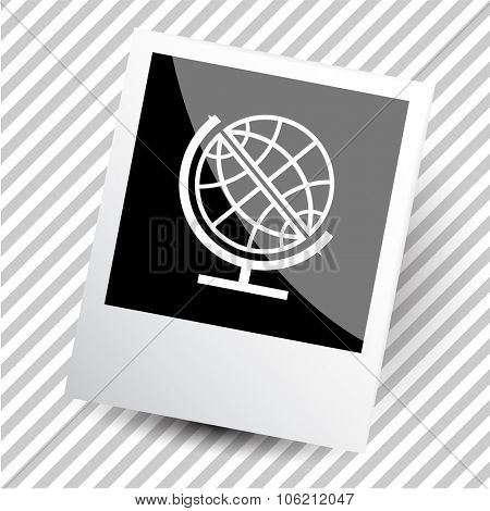 globe. Photoframe. Vector icon.