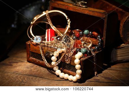 Open Jewelry Box