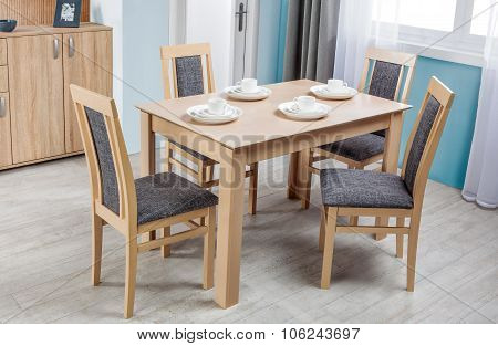 Simple Wooden Dinning Table And Chairs In Interior - Studio Ambient Room