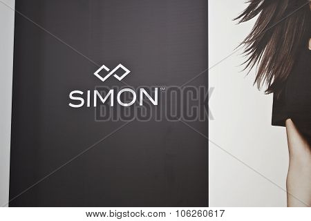 Indianapolis - Circa October 2015: Simon Property Group Logo In A Mall II
