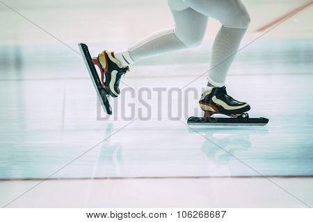 feet girl skater