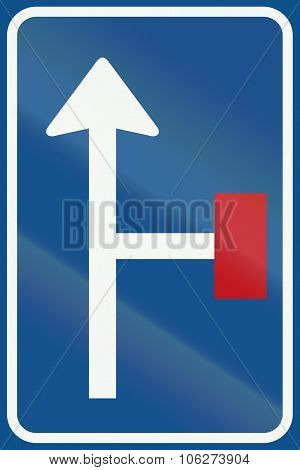 Netherlands Road Sign L9 - No Through Road For Vehicles On The Right