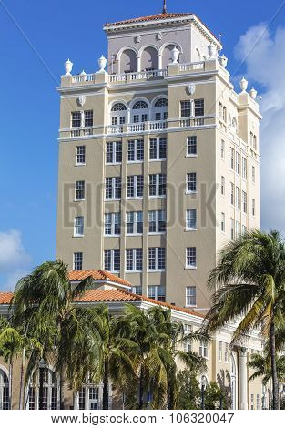 Tall Building Of Classic Style In Miami Beach, Florida