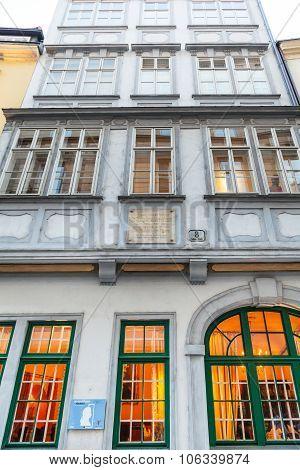 Facade Of Mozarthaus In Vienna