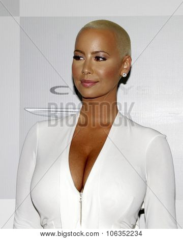 LOS ANGELES - JAN 11:  Amber Rose at the NBC Post Golden Globes Party at a Beverly Hilton on January 11, 2015 in Beverly Hills, CA