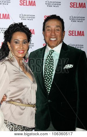 SANTA BARBARA - DEC 6:  Smokey Robinson at the