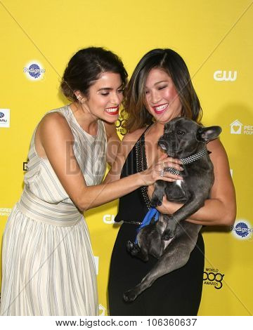 LOS ANGELES - JAN 10:  Nikki Reed, Jenna Ushkowitz, Bear at the CW Network presents