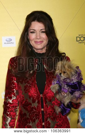 LOS ANGELES - JAN 10:  Lisa Vanderpump, Giggy at the CW Network presents