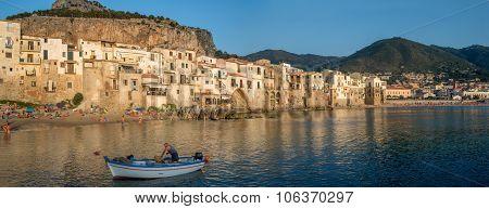 Lungomare Beach In Cefalu, Sicily. Italy.
