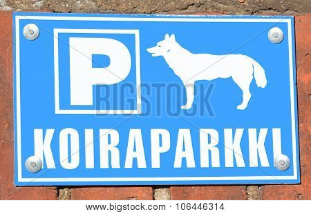 Parking for dogs sign