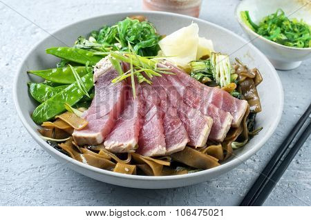 Tuna Tataki with Rice Noodles and Vegetable