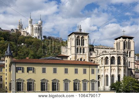Cathedrale And Basilica