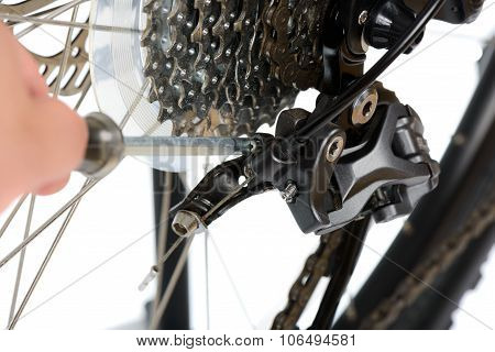 Adjusting Rear Derailleur