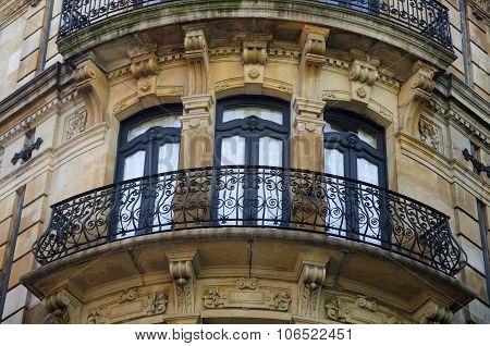 Detail of a facade 22