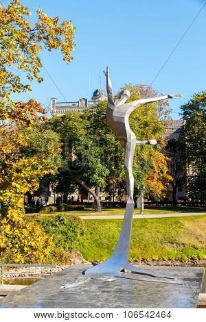 Riga. Monument Maris Liepa.