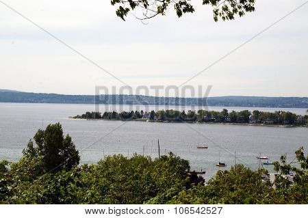 Harbor Point Peninsula