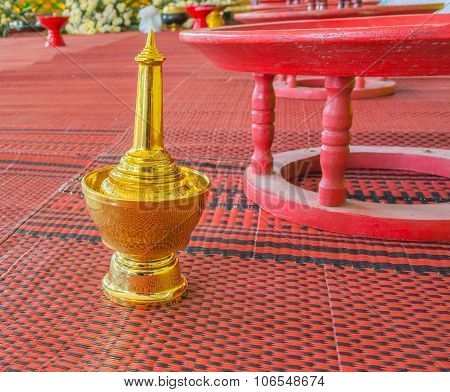 Golden Pour Water Containers For Buddhist Ceremony.