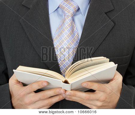 Libro de estatuto empresario lectura
