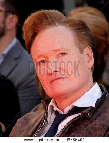 LOS ANGELES - OCT 31:  Conan O'Brien at the Hunger Games Handprint and Footprint Ceremony at the TCL Chinese Theater on October 31, 2015 in Los Angeles, CA
