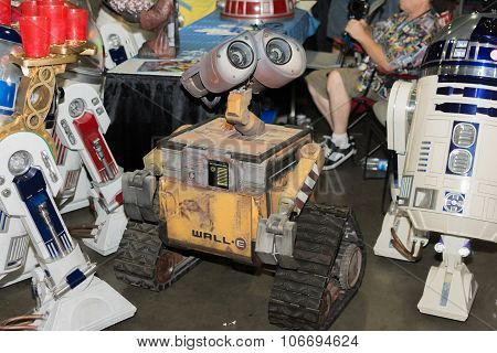 Wall-e Robot Toy Character