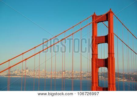 Golden Gate Bridge in San Francisco as the famous landmark.