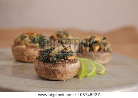spinach stuffed mushrooms - lemon-horizontal