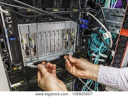 faulty blade server
