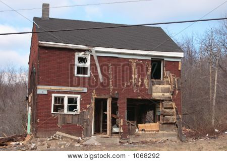 Old Home Tearing Down