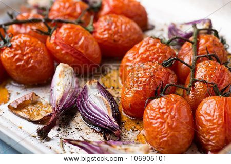 Oven Roasted Onions And Tomatoes