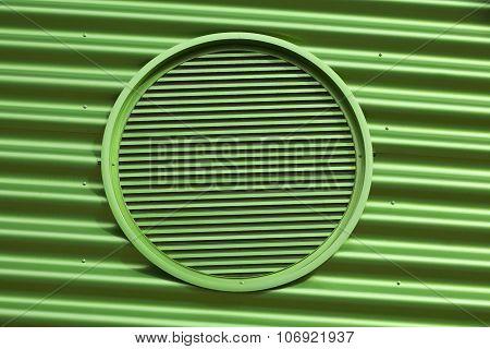 Green metal air vent