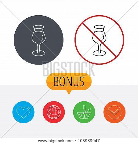 Wine glass icon. Goblet sign.