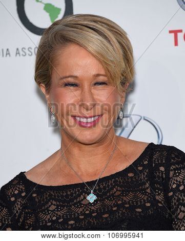 LOS ANGELES - OCT 24:  Yeardley Smith arrives to the 25th Annual Environmental Media Awards on October 24, 2015 in Hollywood, CA.