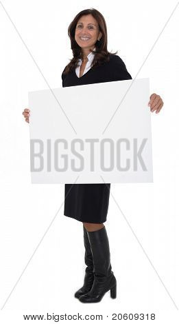 ausgereifte freudig geschäftsfrau isolated over white Background holding blank billboard