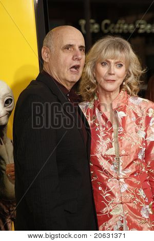 LOS ANGELES - MAR 14:  Jeffrey Tambor, Blythe Danner arriving at the US premiere of 'Paul' at the Grauman's Chinese Theater L.A.Live in Los Angeles, California on March 14, 2011.