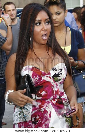 LOS ANGELES - JUL 11:  Nicole Snooki Polizzi arrives at the KIIS-FM 'Now 34 and The Jersey Shore' party on July 11, 2010 at Hollywood Tower, Los Angeles, California.