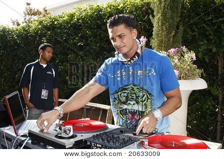 LOS ANGELES - JUL 11:  Pauly D DelVecchio attends the KIIS-FM 'Now 34 and The Jersey Shore' party on July 11, 2010 at Hollywood Tower, Los Angeles, California.