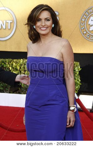 LOS ANGELES - JAN 30:  Mariska Hargitay arrives at the The 17th Annual SAG Awards in Los Angeles, California on January 3, 2011.