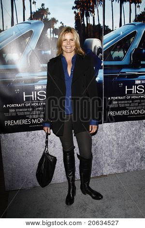 LOS ANGELES - MAR 22:  Mariel Hemingway arrives at the Los Angeles HBO Premiere of 'His Way' at Paramount Studios in Los Angeles, California on March 22, 2011.