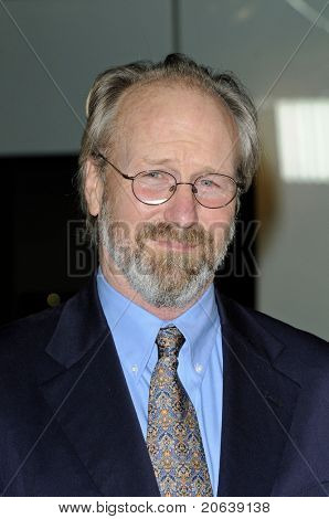 WEST HOLLYWOOD - FEB 18:  William Hurt arriving at the premiere of 'The Yellow Handkerchief' held at the Pacific Design Center in West Hollywood, California on February 18,  2010.
