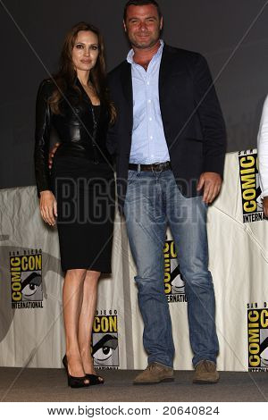SAN DIEGO - JUL 22:  Angelina Jolie and Liev Schreiber promoting the movie 'Salt' on Day 1 of Comicon in San Diego, California on July 22, 2010.
